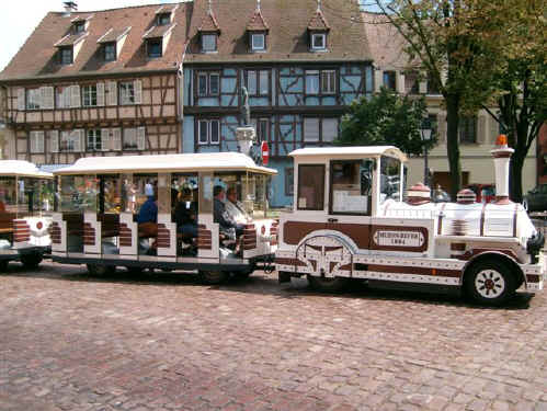 https://apps.tourisme-alsace.info/photos/colmar/photos/235009492_1.jpg