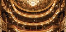Intérieur du théâtre municipal (Panoramaweb)