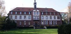 Maison Saint-François-Xavier vue depuis le parc (OT Colmar)