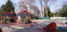 Aire de jeux au parc Méquillet (OT Colmar)