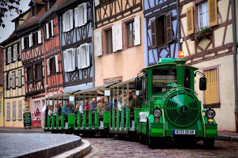 https://apps.tourisme-alsace.info/photos/colmar/photos/235012869_12.jpg