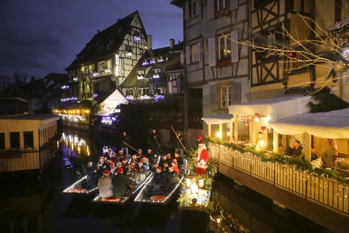 Les enfants chantent Noël sur les barques - Ecole de musique de la vallée de Kaysersberg