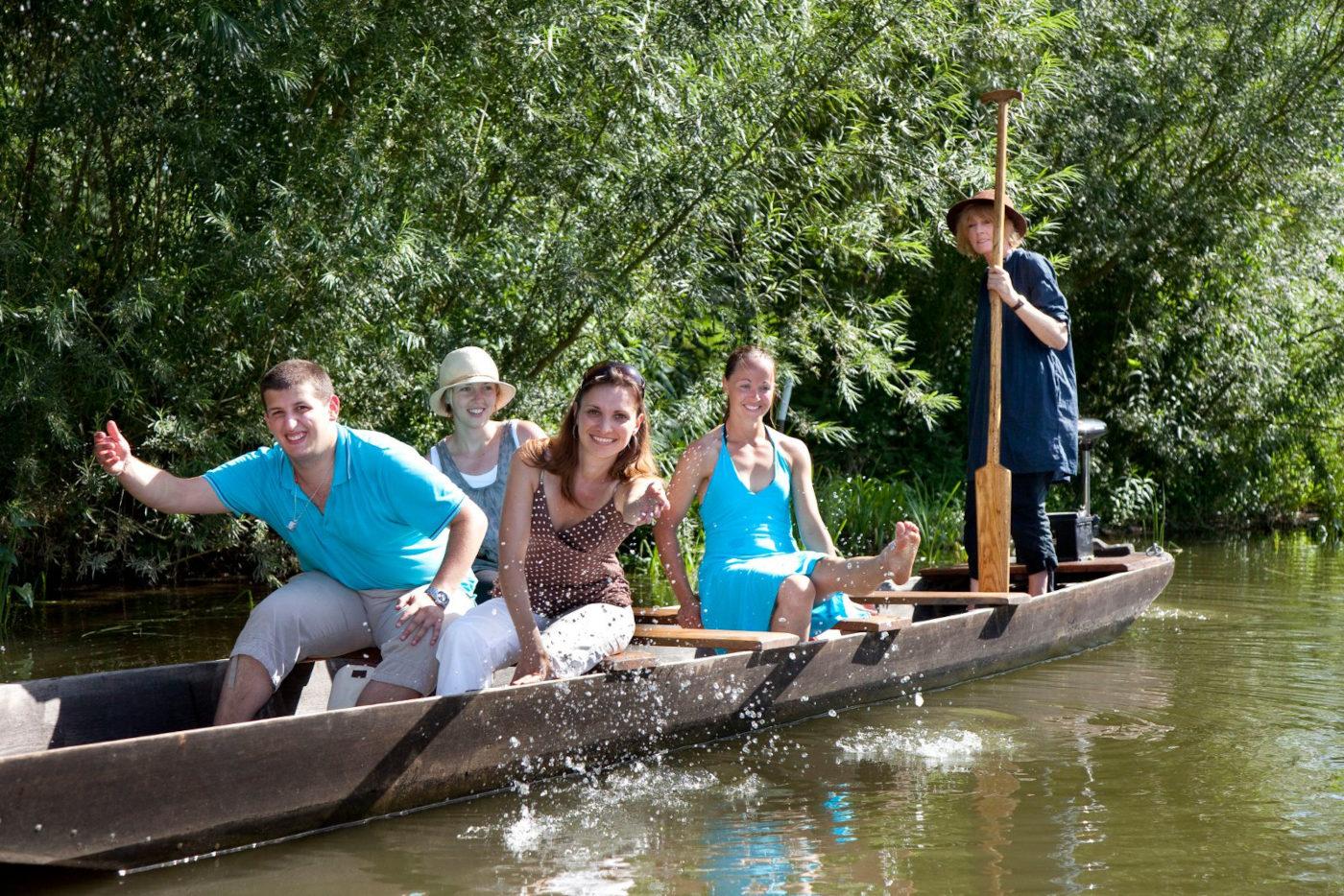 Découverte de la Sarre en barques