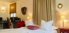 Chambre Cœur - Le Hameau d'Eguisheim - Domaine GINGLINGER