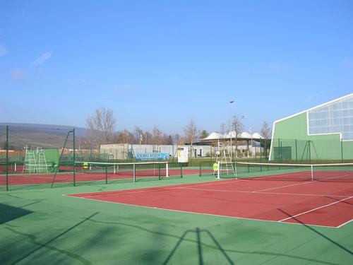 Tennis, Pays de Rouffach, Vignobles et Châteaux, Haut-Rhin, Alsace