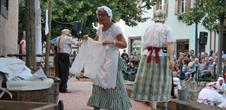 Open air entertainment about the washerwomen