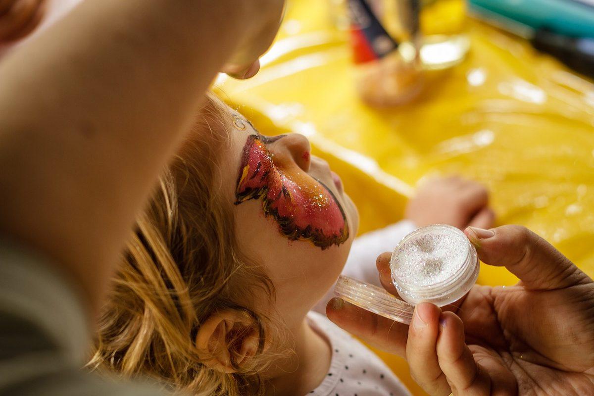 Animations : maquillage pour enfants et vente de soupe