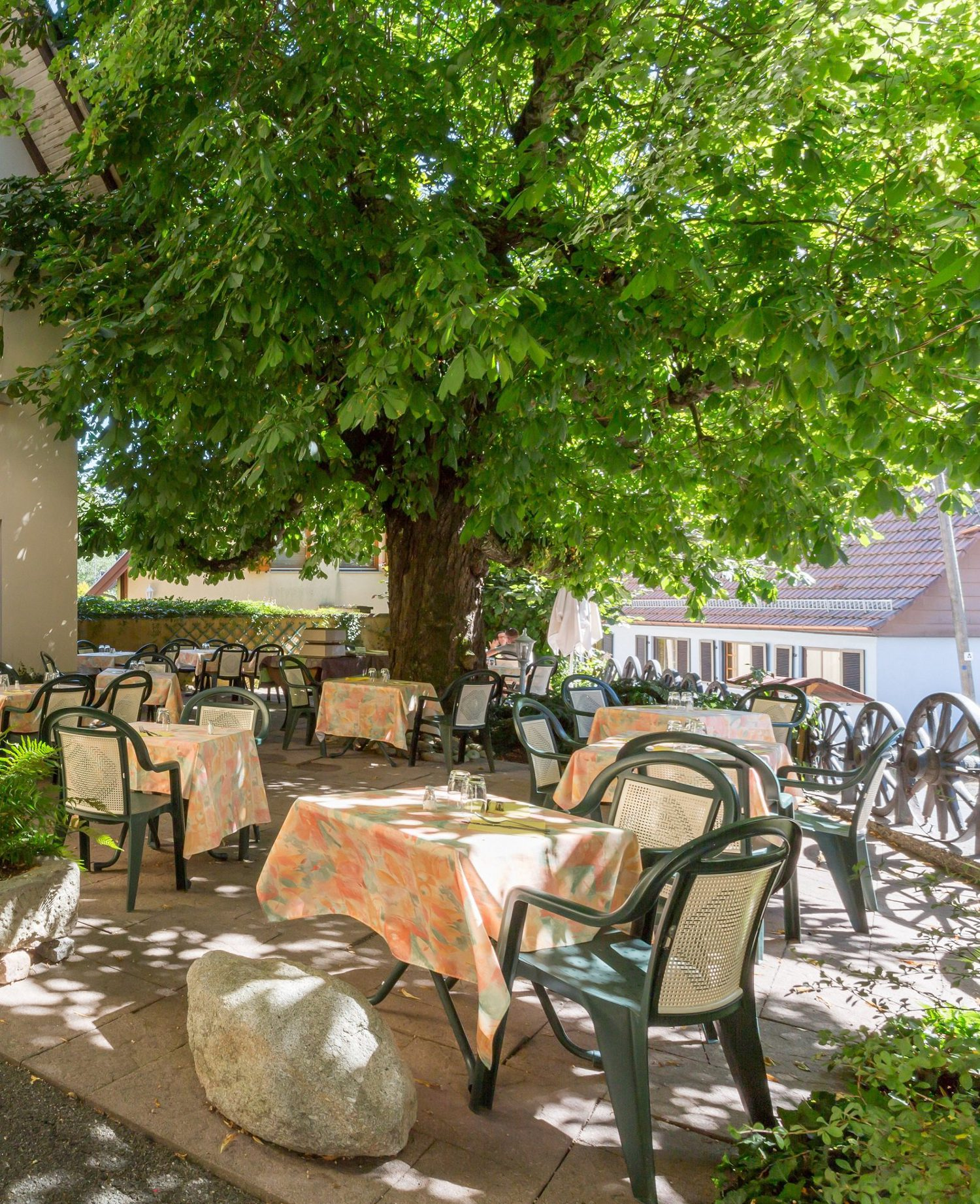 Restaurant of L'Aigle d'Or hotel