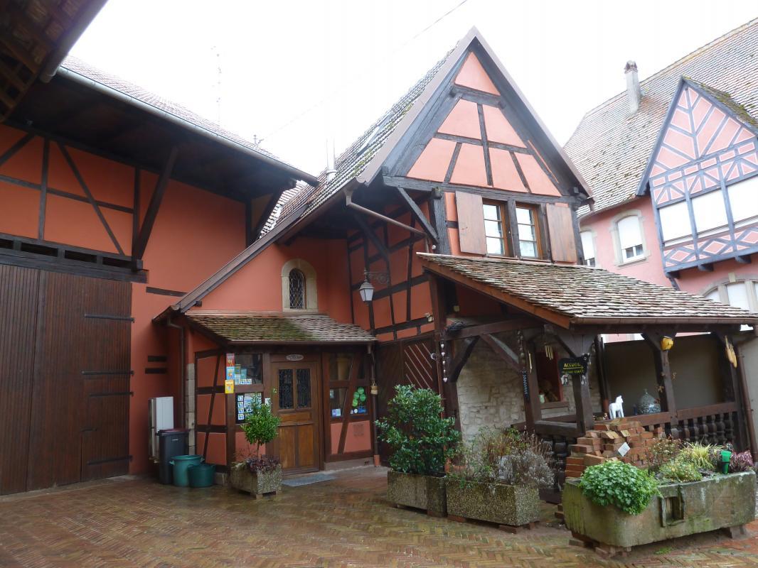 Meublé de tourisme Au Bal Paysan - Polka (Berstett)