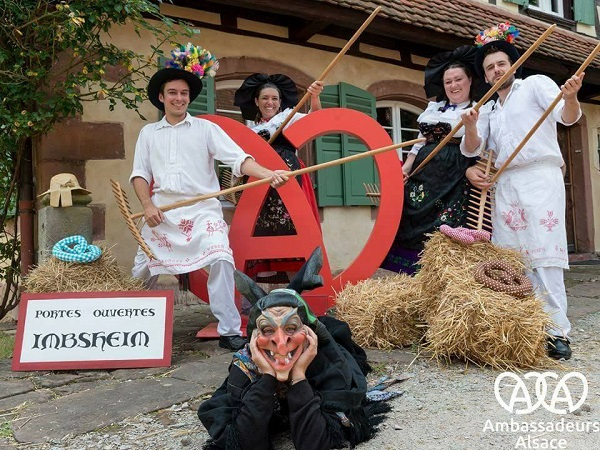 photo Wiwowas - Imbsheim - 67 - Portes ouvertes au folklore international, l'art et l'artisanat