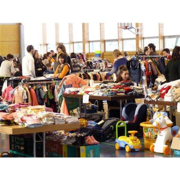 Bourse aux vêtements, jouets et articles de puériculture