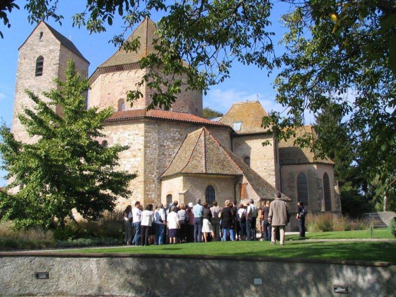 Visite guidée historique de l'Abbatiale d'Ottmarsheim (groupe)