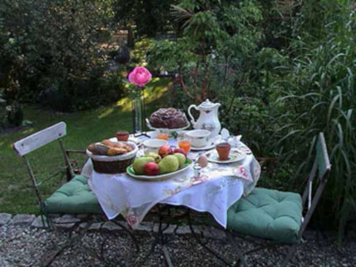 Bed and breakfast Pierrette KIENY - Ambiance-jardin