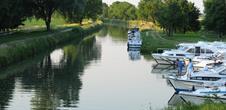 Halte nautique et embarcations - Le Boat