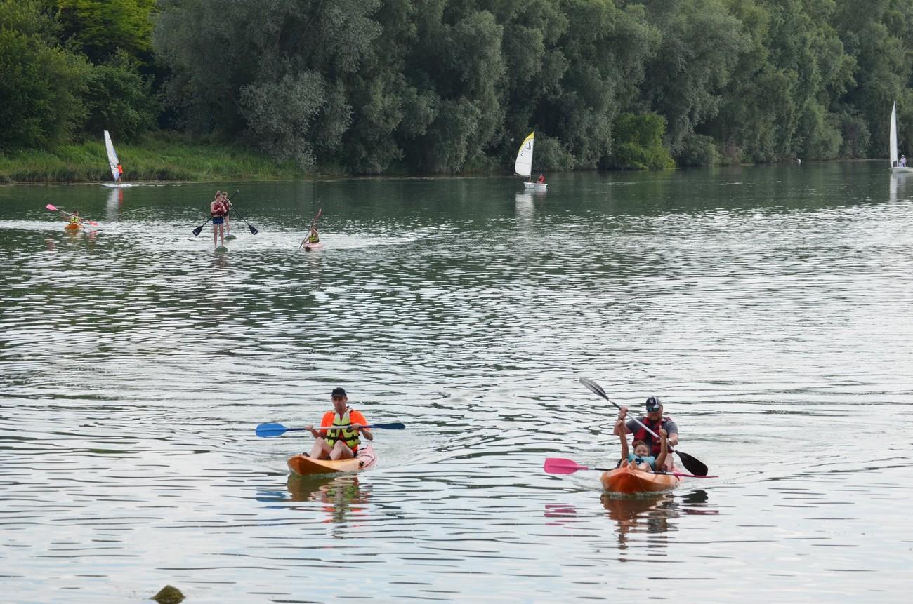Centre nautique voile (canoë-kayak, paddle, catamaran...)