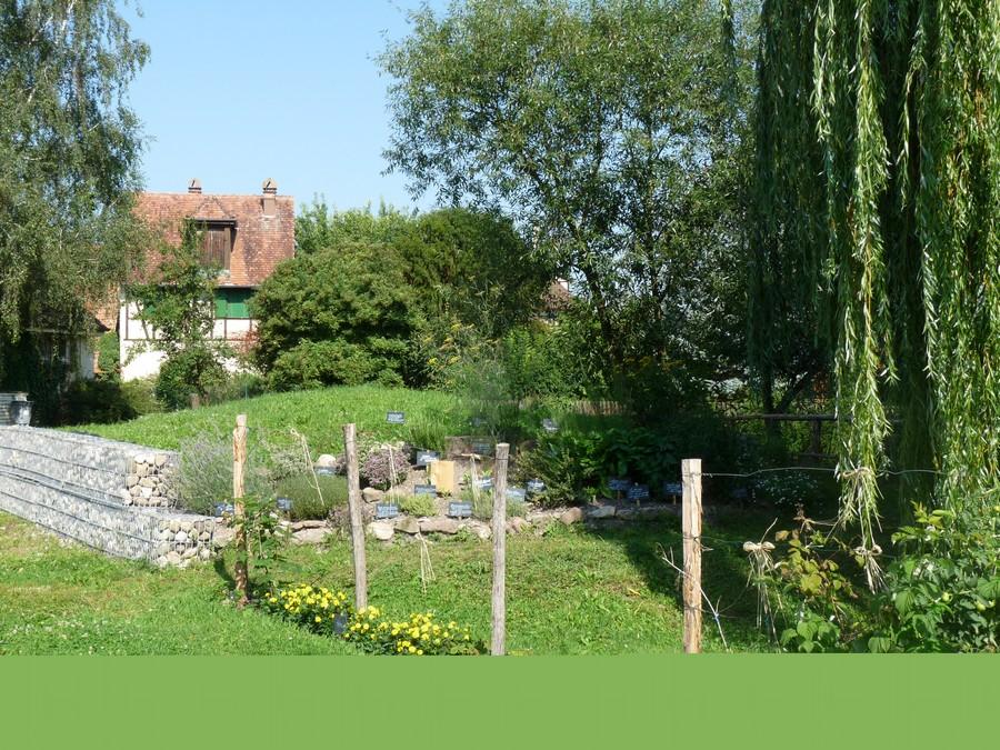 Jardin des cinq sens saasenheim for Jardin 44 des 5 sens