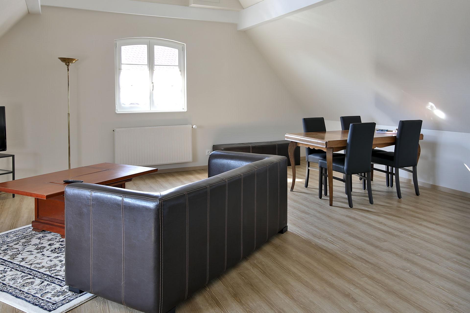meubl de tourisme la maison mann le muhlbach sand. Black Bedroom Furniture Sets. Home Design Ideas