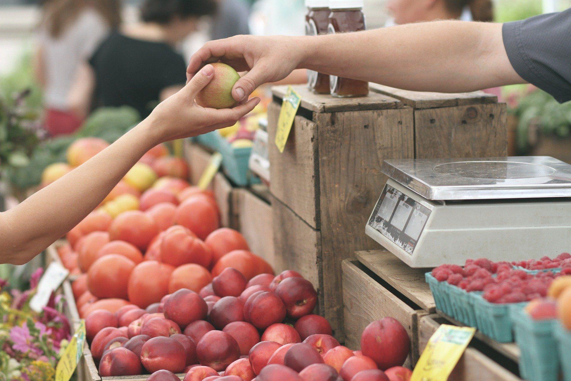 Petit marché hebdomadaire du vendredi