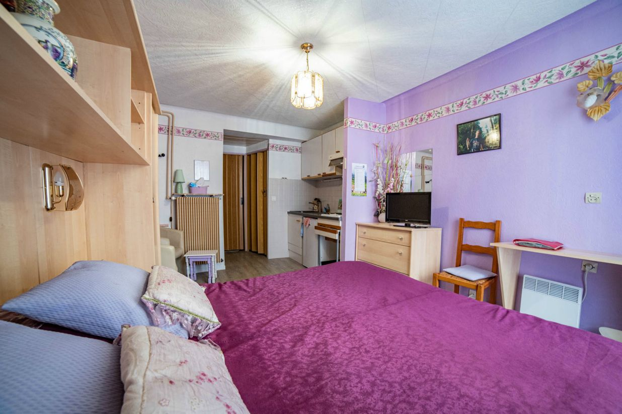 monsieur thomas guy chambres d 39 h tes ammerschwihr. Black Bedroom Furniture Sets. Home Design Ideas