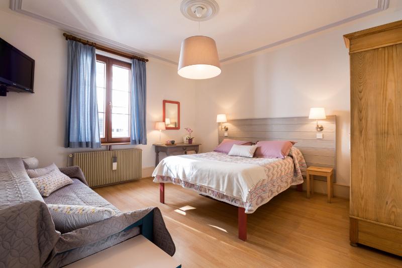 Chez laurence chambre lila kaysersberg vignoble for Chambre d hotes kaysersberg