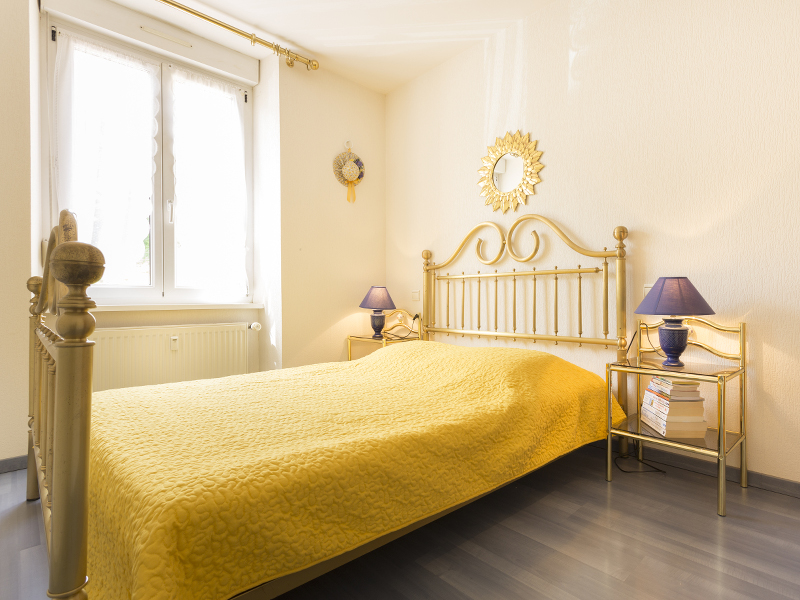 Madam BERNHARD-ECKLE Gabrielle - Holiday accommodation Les Abeilles