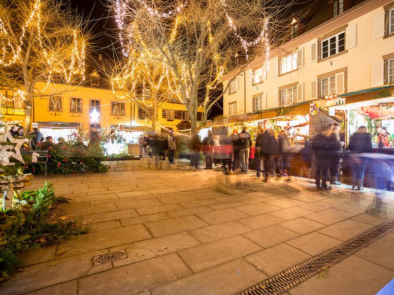 https://apps.tourisme-alsace.info/photos/kaysersberg/photos/marche-paysan-de-noel-produits-terroir-kaysersberg.jpg