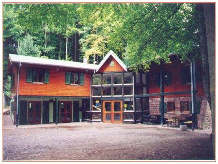 Maison de la randonn e du club vosgien lembach for La maison club