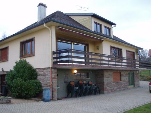 Meubl villa du lion d 39 or la petite pierre for Lions du meuble