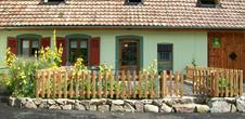 Guesthouse from Mrs Félice ZWINGELSTEIN: Gîte de Louis