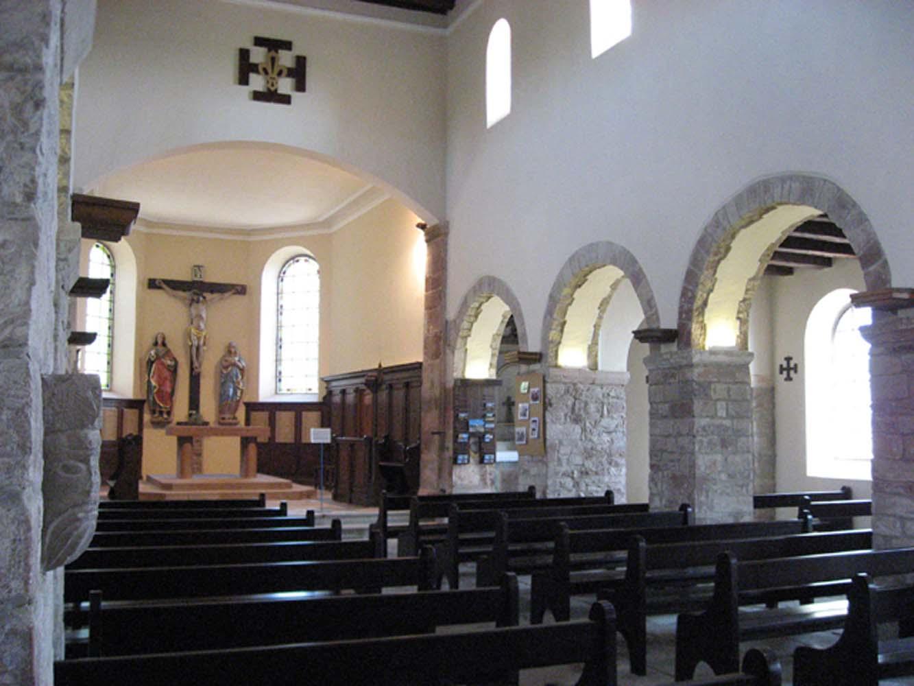 Romanische Kirche Dompeter