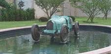 Statues en bronze Bugatti