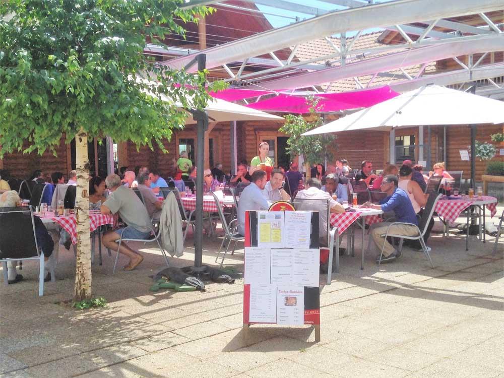 Restaurant la ferme maurer dorlisheim 67120 les for Restaurant dorlisheim