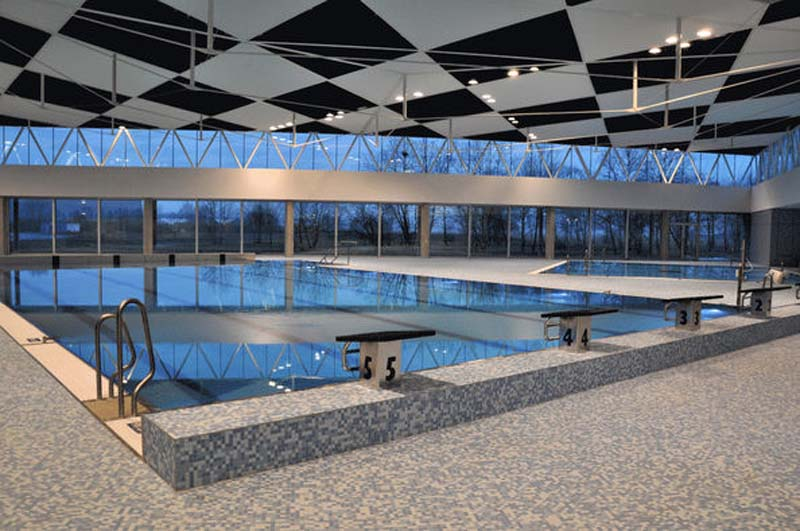 Indoor Swimming Pool Le Triangle