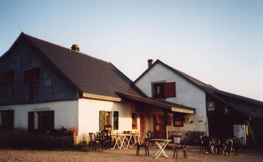 Aire naturelle de camping à la Ferme-Auberge du Salzbach