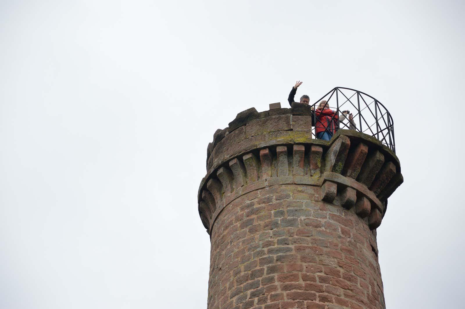 Promenade vers la tour du Grand Wintersberg