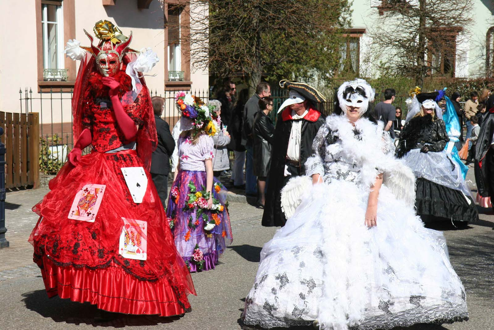 https://apps.tourisme-alsace.info/photos/niederbronn/photos/Carnaval.jpg