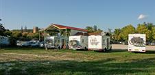 Aire de stationnement pour camping-car