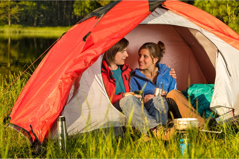 Camping Municipal le Vallon de l'Ehn : emplacements tentes