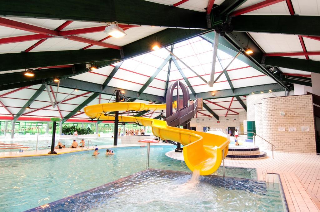 Swimming pool Les Trois Châteaux