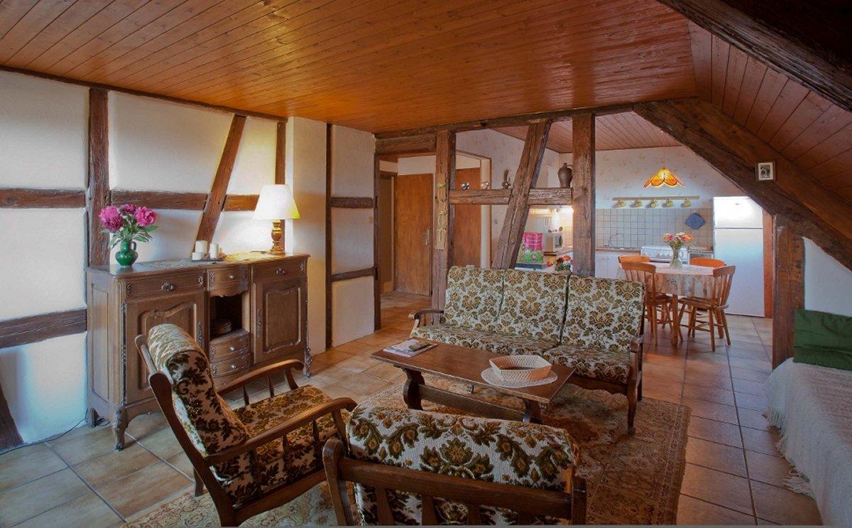 le bon coin alsace ameublement trendy lot de chaises volgelsheim with le bon coin alsace. Black Bedroom Furniture Sets. Home Design Ideas