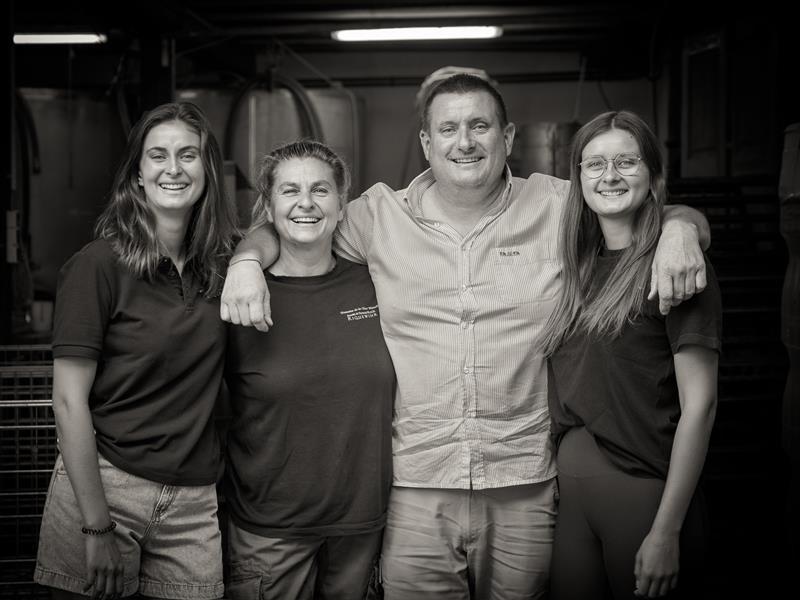 Famille fidèle aux vignobles