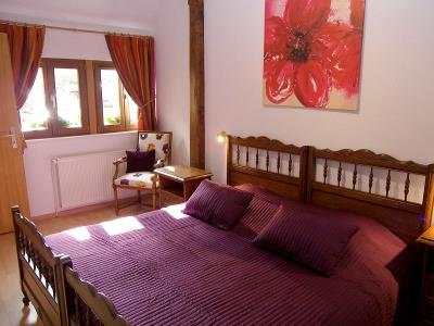 Furnished tourist accommodation SCHUTTÉ Agnès / Gîte Cassis de l'Ami Fritz