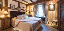 Furnished tourist accommodation Les Remparts de Riquewihr /The Fox & the Grapes