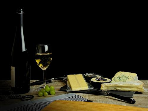 Atelier de dégustation : vins, fromages et plaisirs sucrés d'Alsace