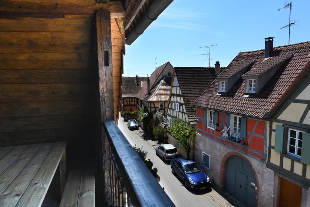 Location de vacances - Un balcon sur les toits