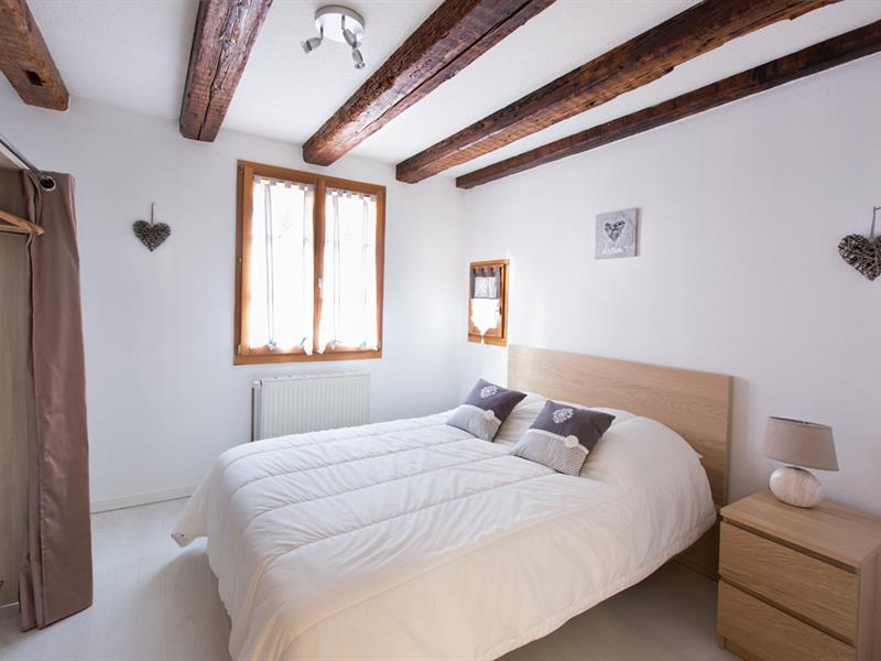 Chambre 1 lit double et dressing