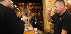 Gourmet workshop: wines and cheeses