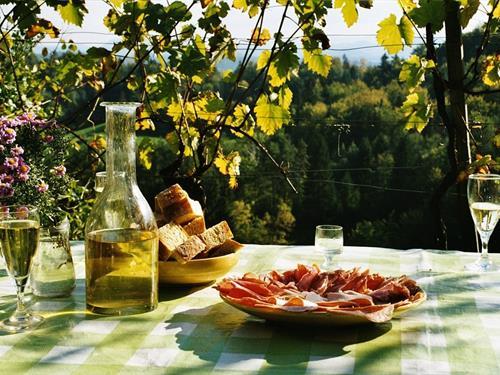 Vin nouveau chez le vigneron indépendant d'Alsace