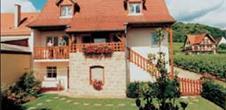 Meublé de tourisme Domaine Agapé - Vincent SIPP / 'Gîte Schoenenbourg'
