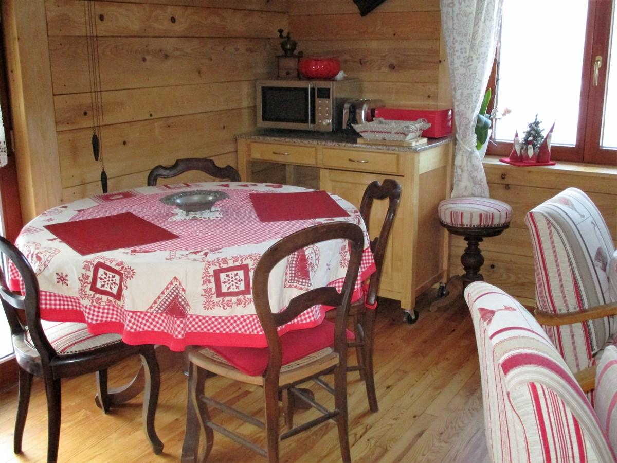 Chambre Et Table D 39 H Tes De Madame Josiane Himmelspach Les Lupins Geishouse 68690